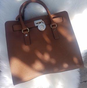 Authentic Michael Kors bag (Large)